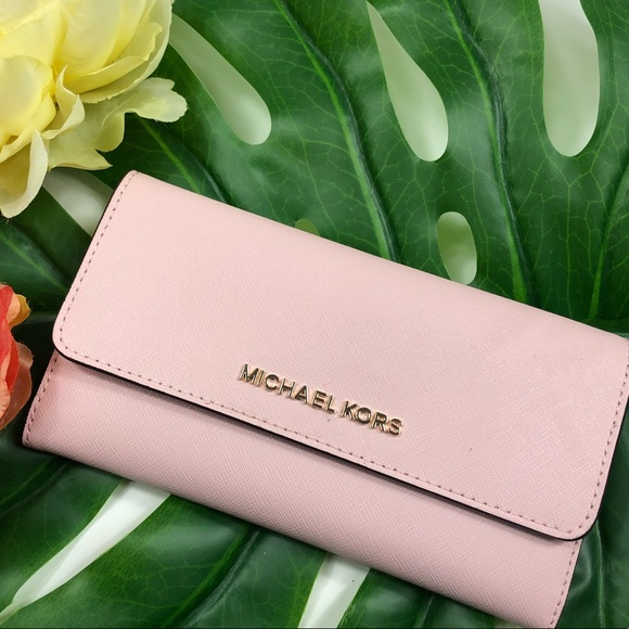 Michael Kors Handbags - Michael Kors Jet Set trifold blossom pink wallet
